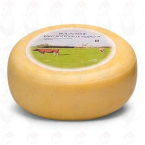 Young matured Organic cheese | Entire cheese +/- 5,4 kilo / 11.9 lbs