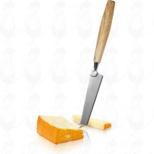Oak cheese knife for soft cheese