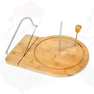 Cheese curler with cheese cutter